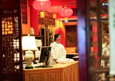 sanktuarium-i-klinika-medycyny-chinskiej-yangtorp-recepcja